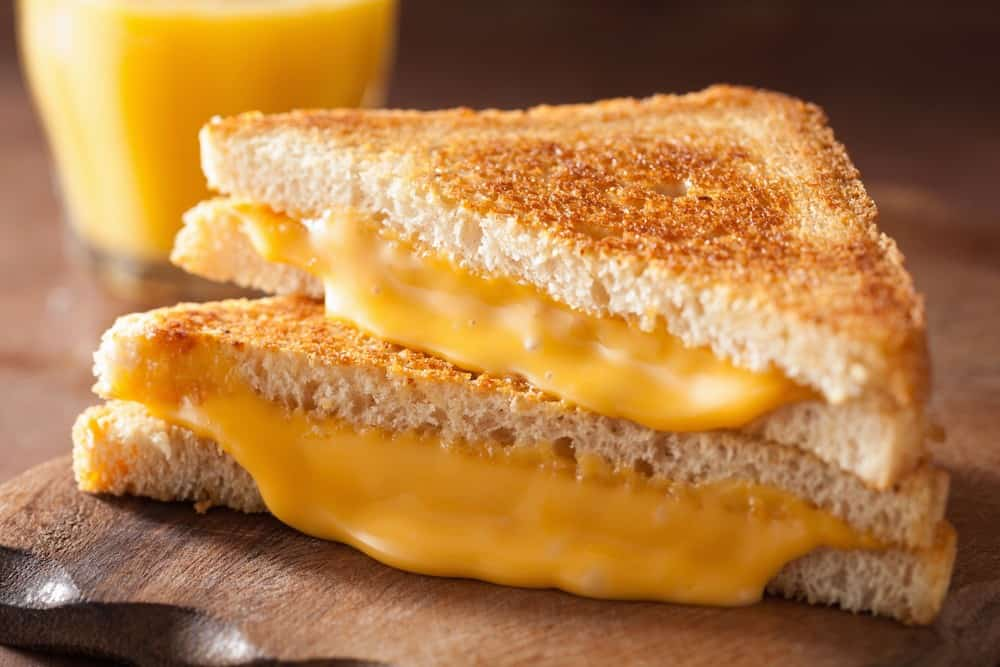 Does American cheese go bad? 1