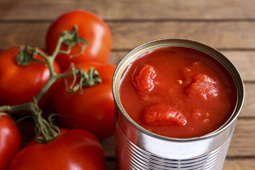 Does canned tomato paste go bad? 1