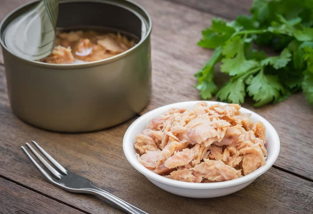 Does canned tuna go bad? 1